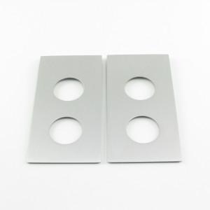 Paar Abdeckplatten fuer Ausschnitte von alten Glastuerschloessern von ca. 150x60 mm