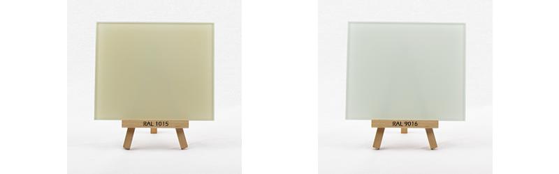 Klarglas rueckseitig lackiert in RAL 1015 und RAL 9016